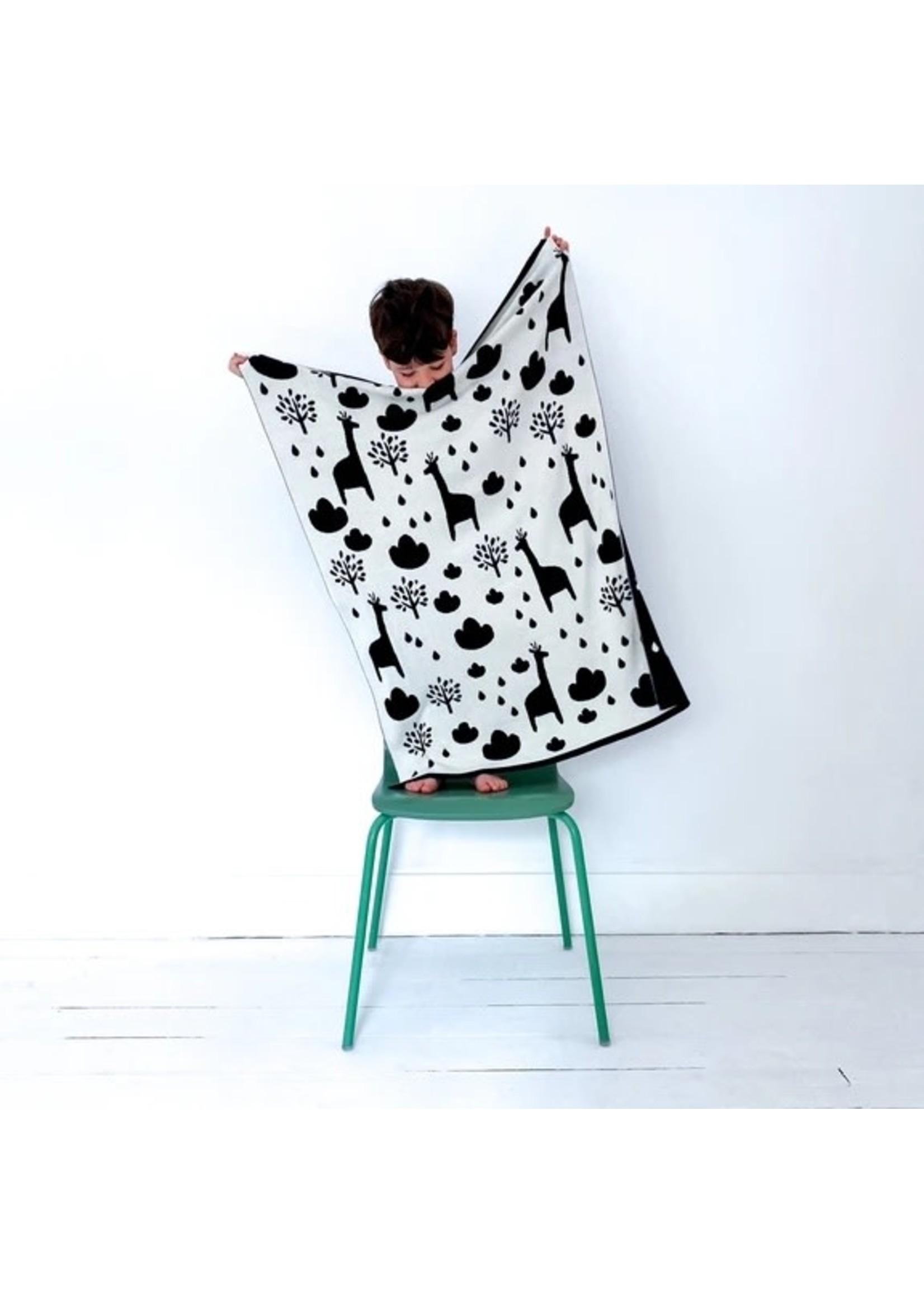 Sophie Home Sophie Home Reversible Mono Giraffe Blanket