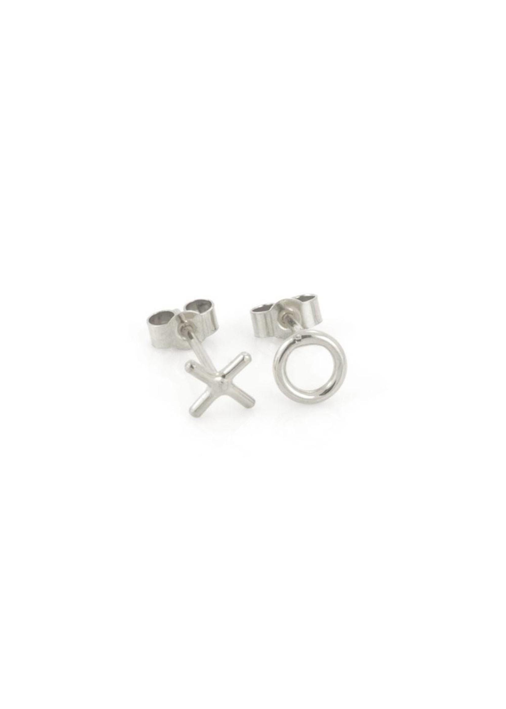 Laura Gravestock Laura Gravestock Written X O Stud Earring - Silver