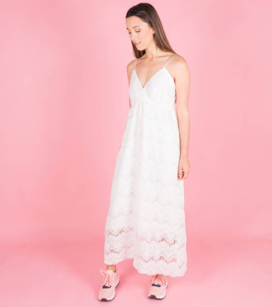 LIVING IN LACE WHITE DRESS