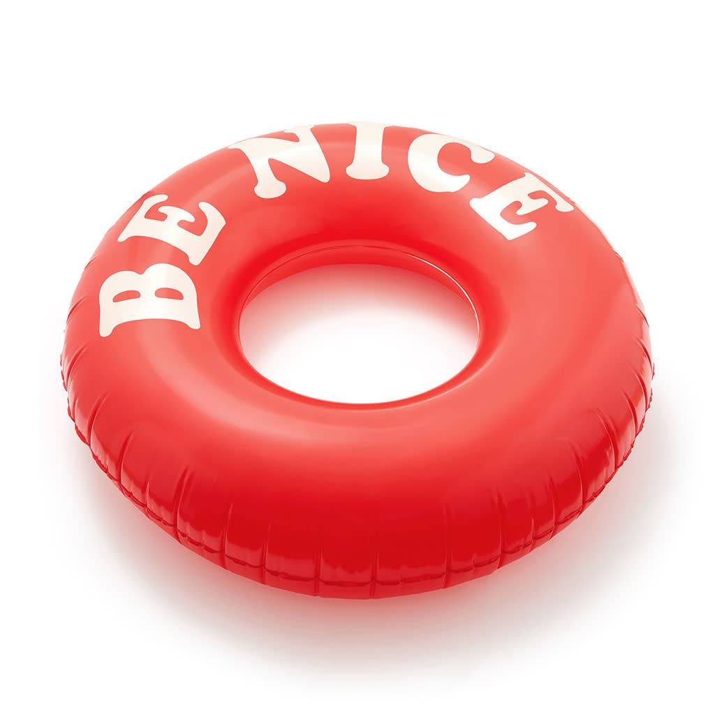 BE NICE FLOAT