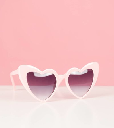 ALL THE HEARTS PINK GLASSES