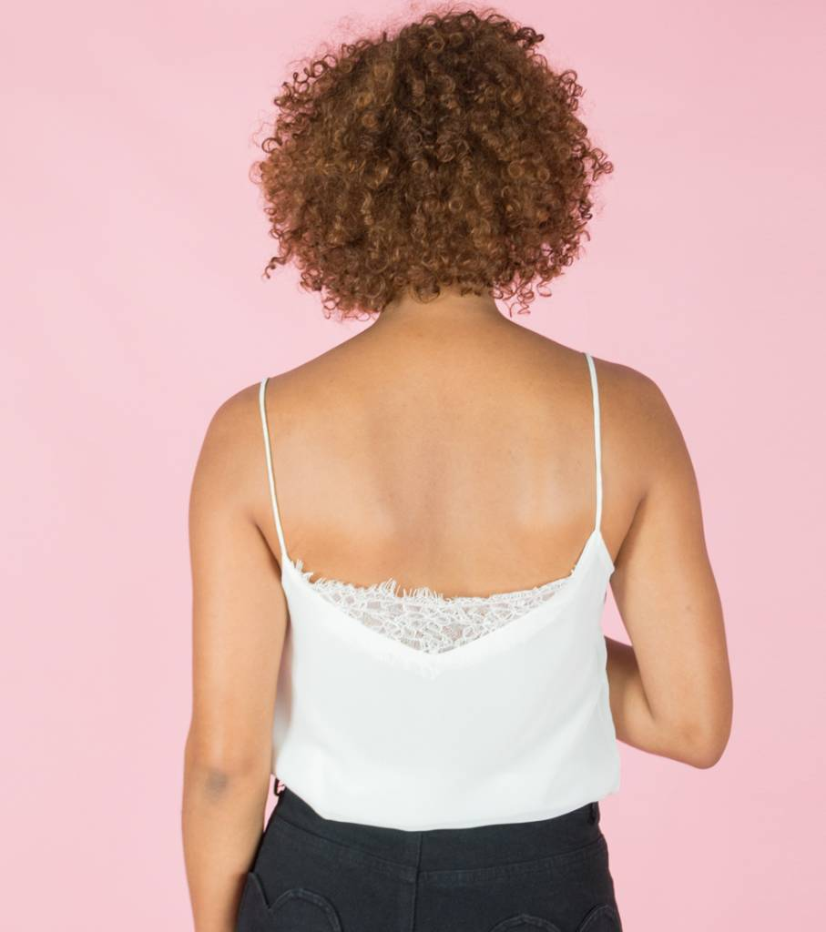 WHITE EVERYDAY LACE TOP