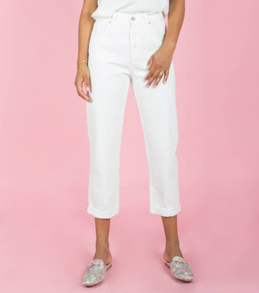 JUST A WHITE JEANS