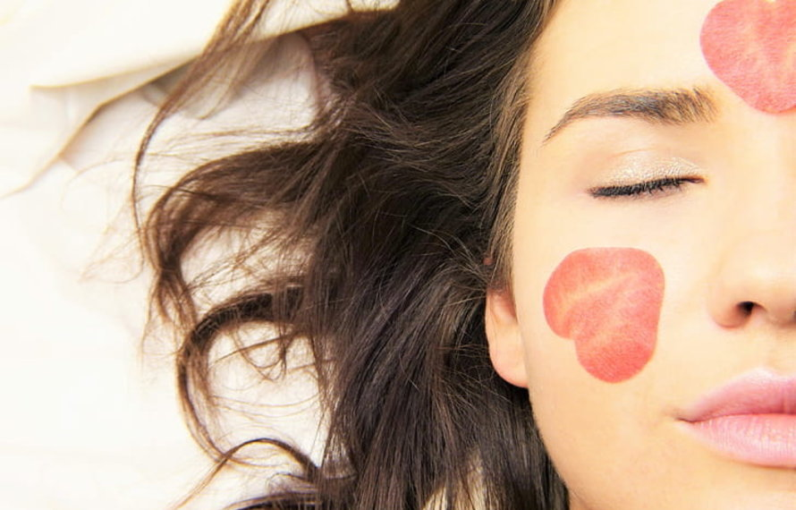5 simple activities to include in your routine for healthy skin
