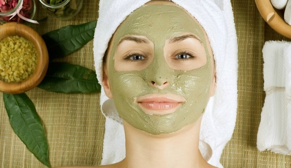 DIY face mask recipes for dry skin