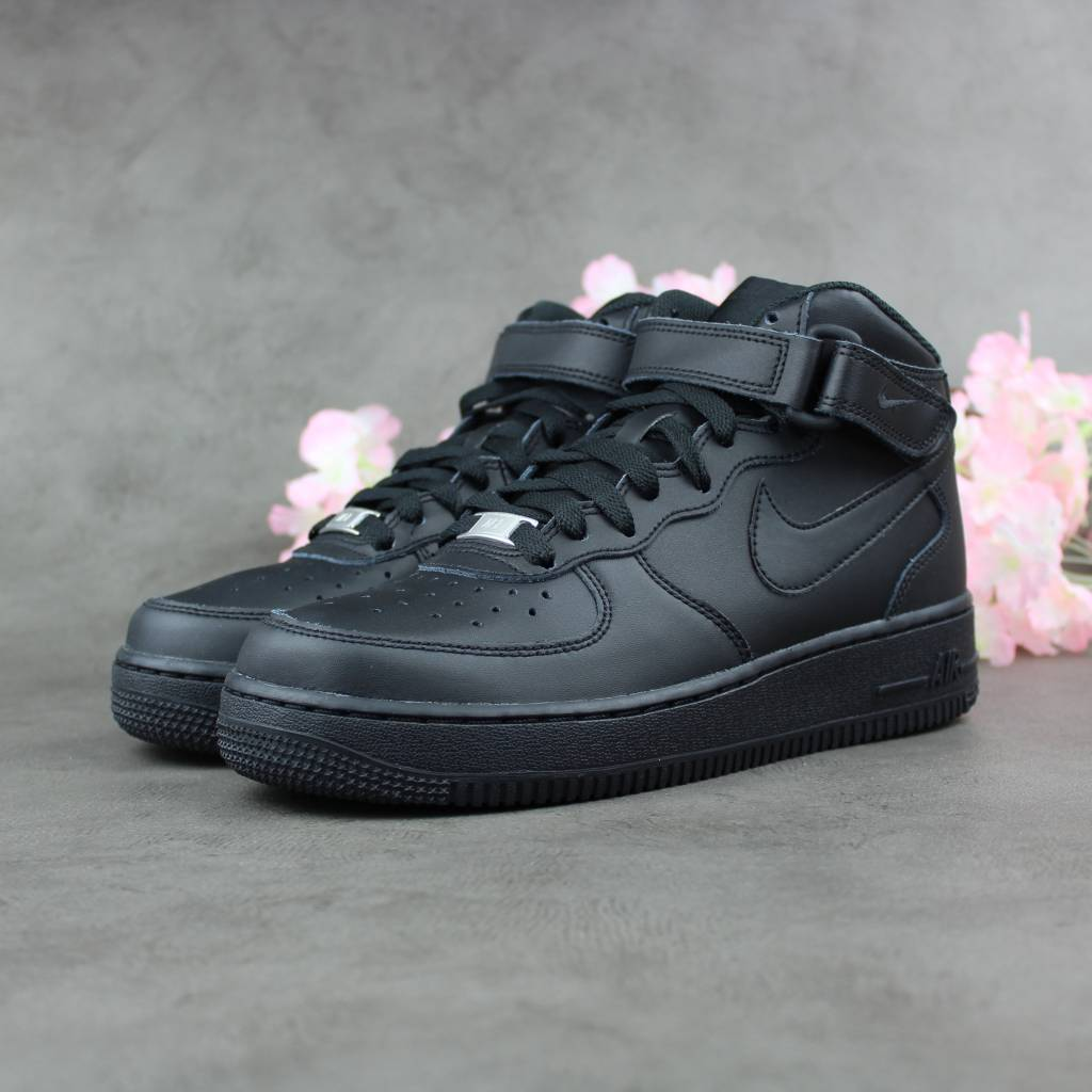 11cd00bc1eb7 Nike Air Force 1 Mid GS (Black) - Sunika Amsterdam