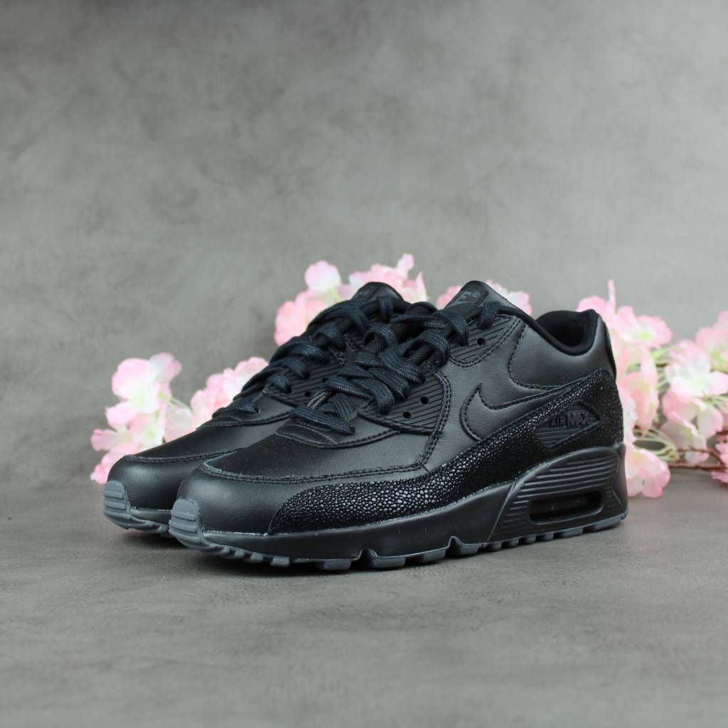 info for e69a8 575a3 Nike Air Max 90 SE Leather GS
