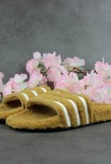 Adidas Adilette W 'Teddy' CQ2233