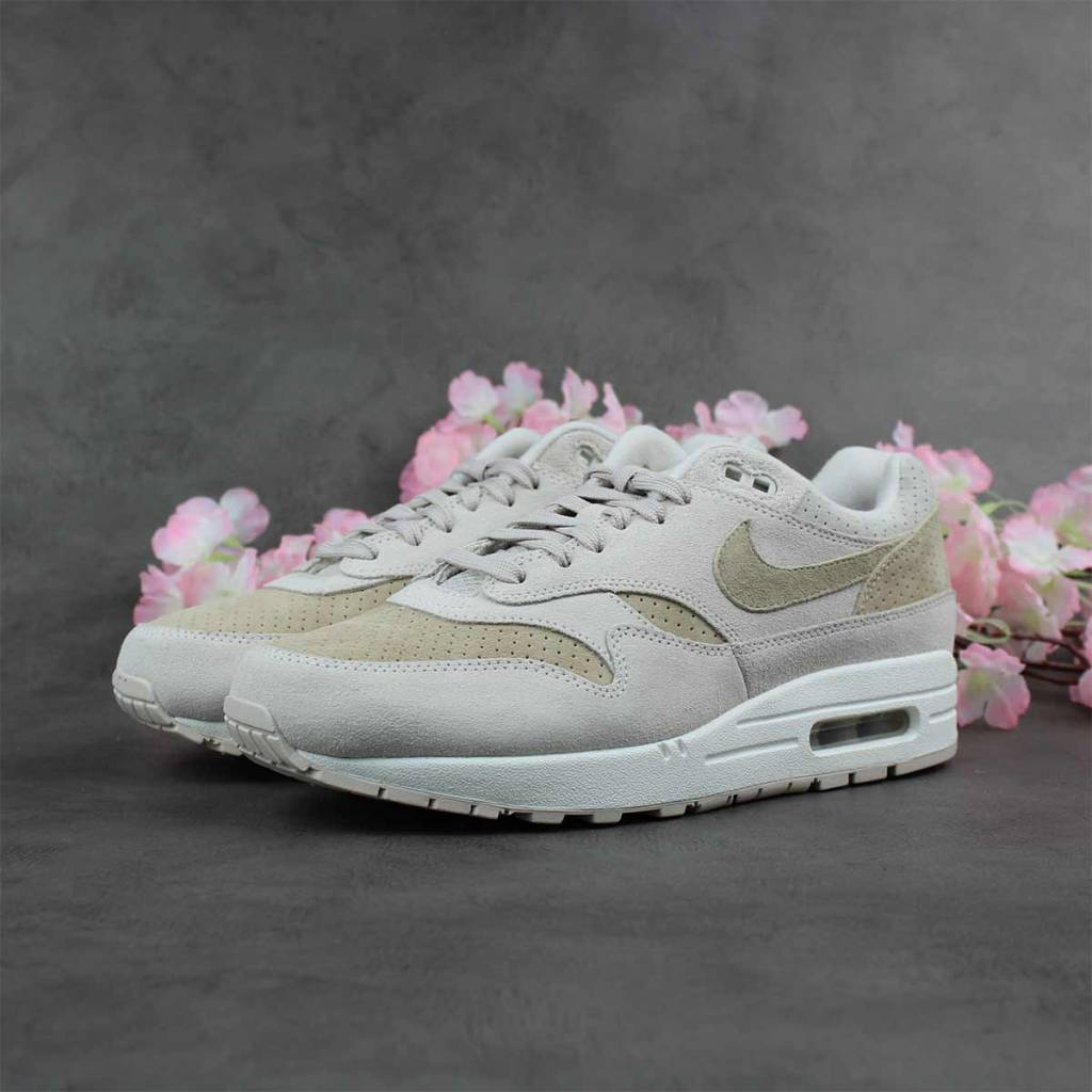 the latest bf1f9 1e9f8 Nike Air Max 1 Premium (Desert Sand) 875844-004 ...
