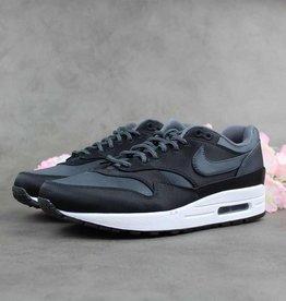 Nike Air Max 1 SE AO1021-001