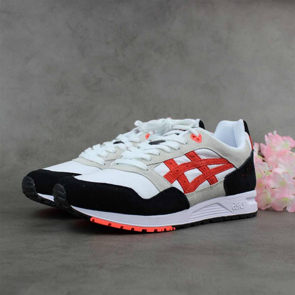 brand new ac6dc 95774 ASICS Tiger Gel Saga (White/Flash Coral) 1193A095-100