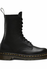 Dr. Martens 1490 Virginia (Black) 22524001