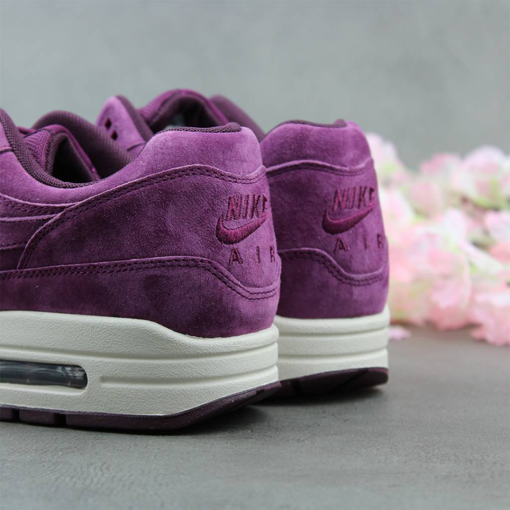 reputable site f8c1a 89f34 ... Nike Air Max 1 Premium (Bordeaux) 875844-602