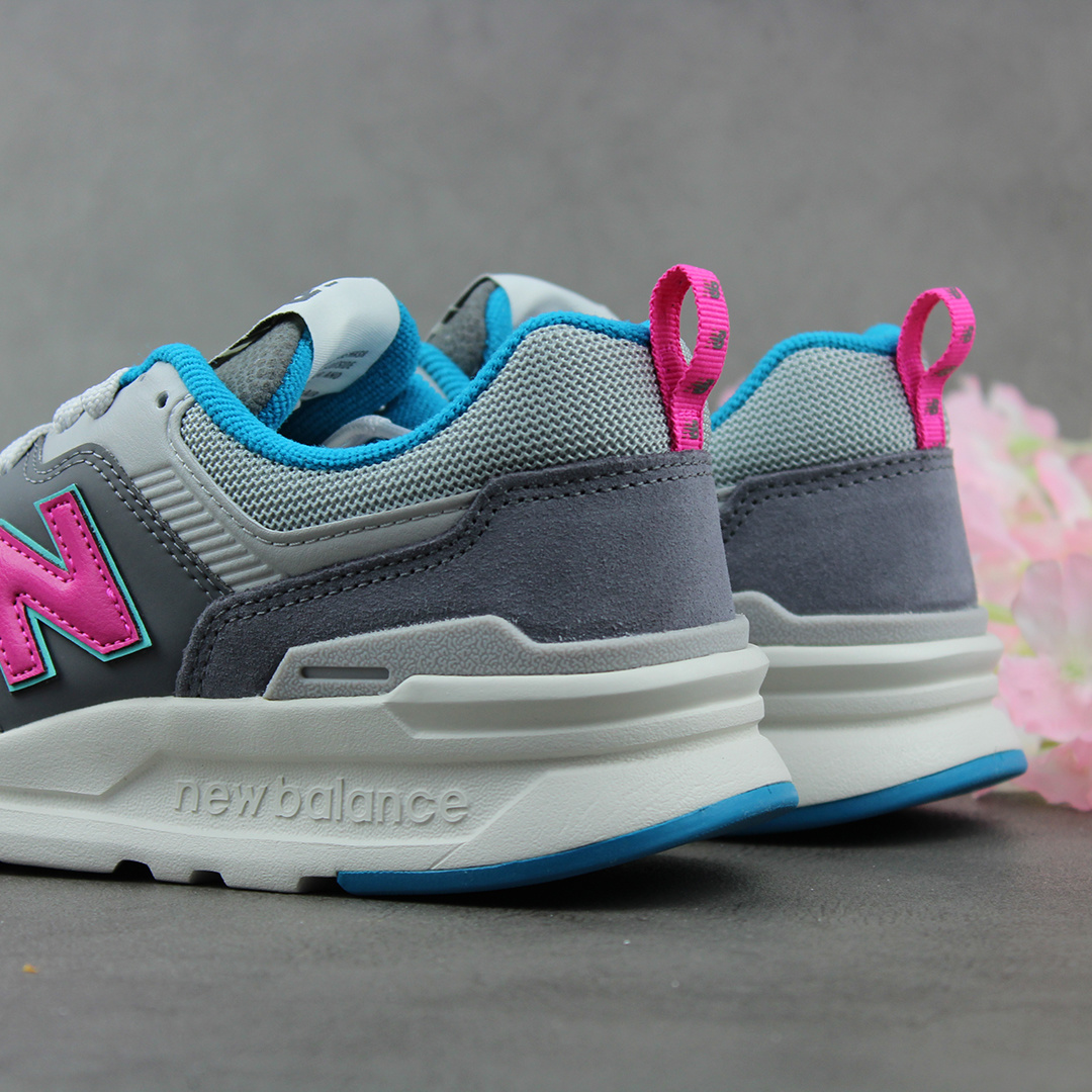 New Balance CM997HAH (Grey/Pink)