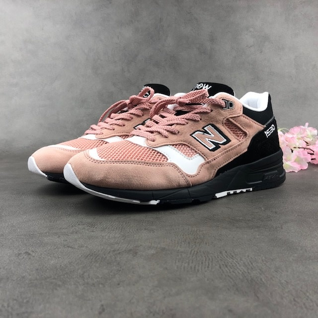 New Balance M1530SVS (Pink/Black)