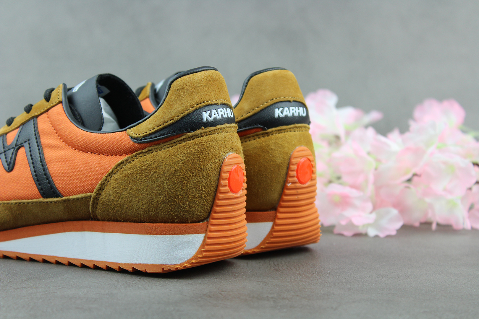 Karhu ChampionAir (Jaffa Orange/Black) F805001