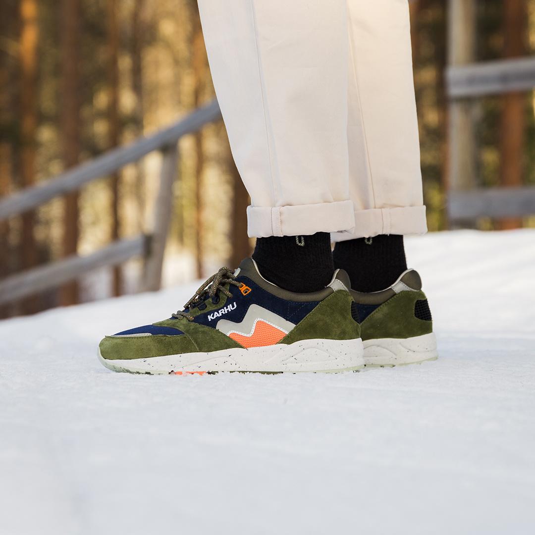 Karhu Aria 'Cross-Country Ski Pack 2' (Capulet Olive/Mango) F803050