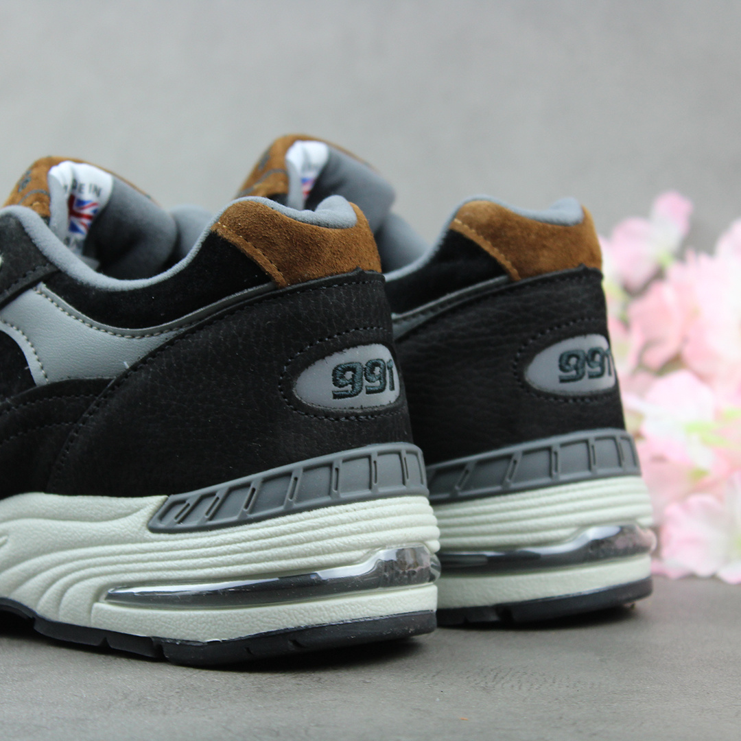 New Balance M991KT (Black) - Made in England