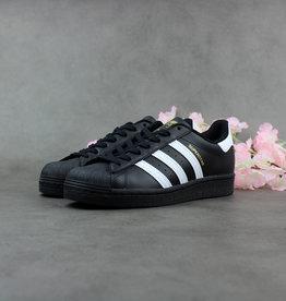 Adidas Superstar EG4959