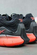 Reebok Zig Kinetica (Black/Sunbaked Orange/Vivid Orange) EH1724