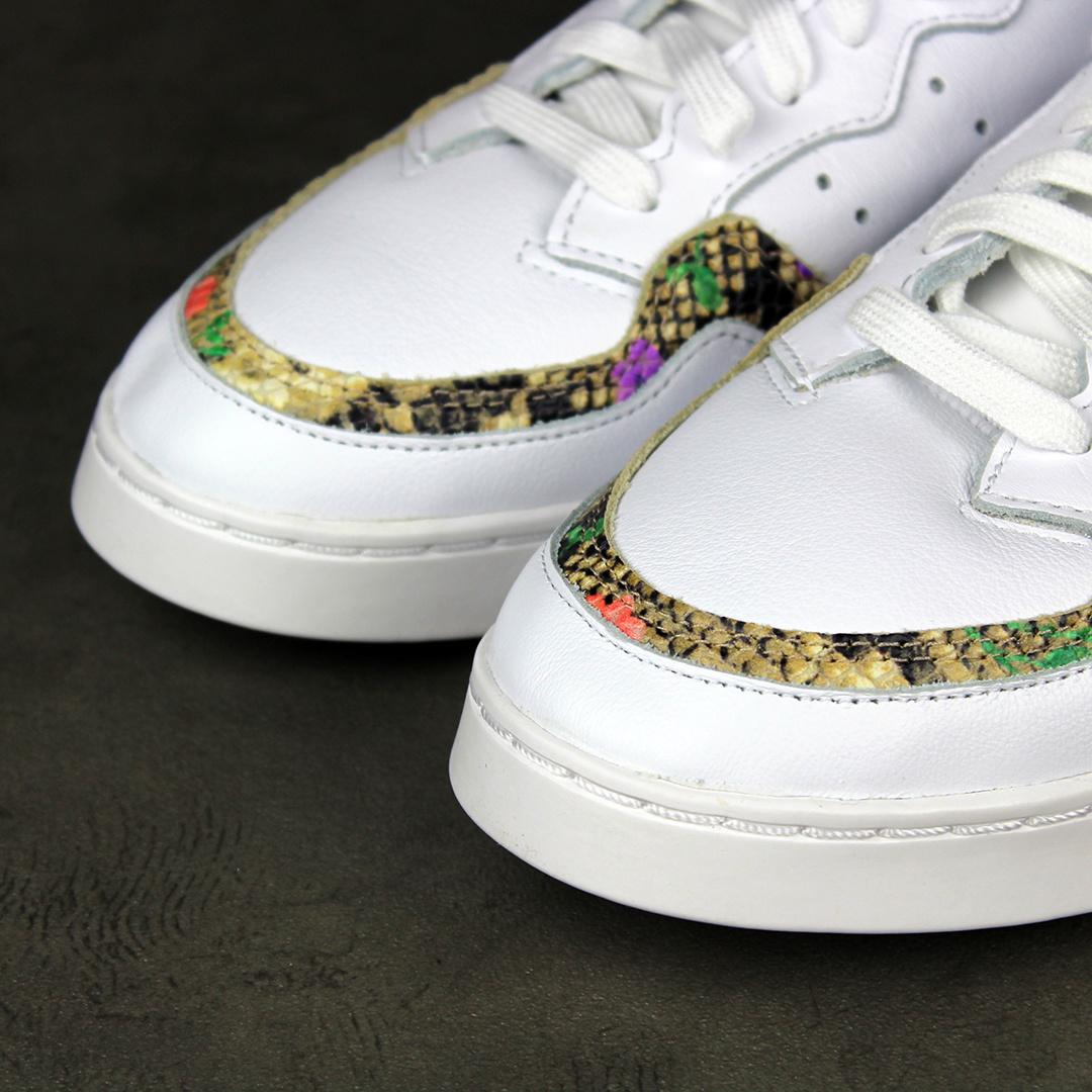 Adidas Supercourt W (Cloud White/Scarlet/Gold Metallic) FV3085
