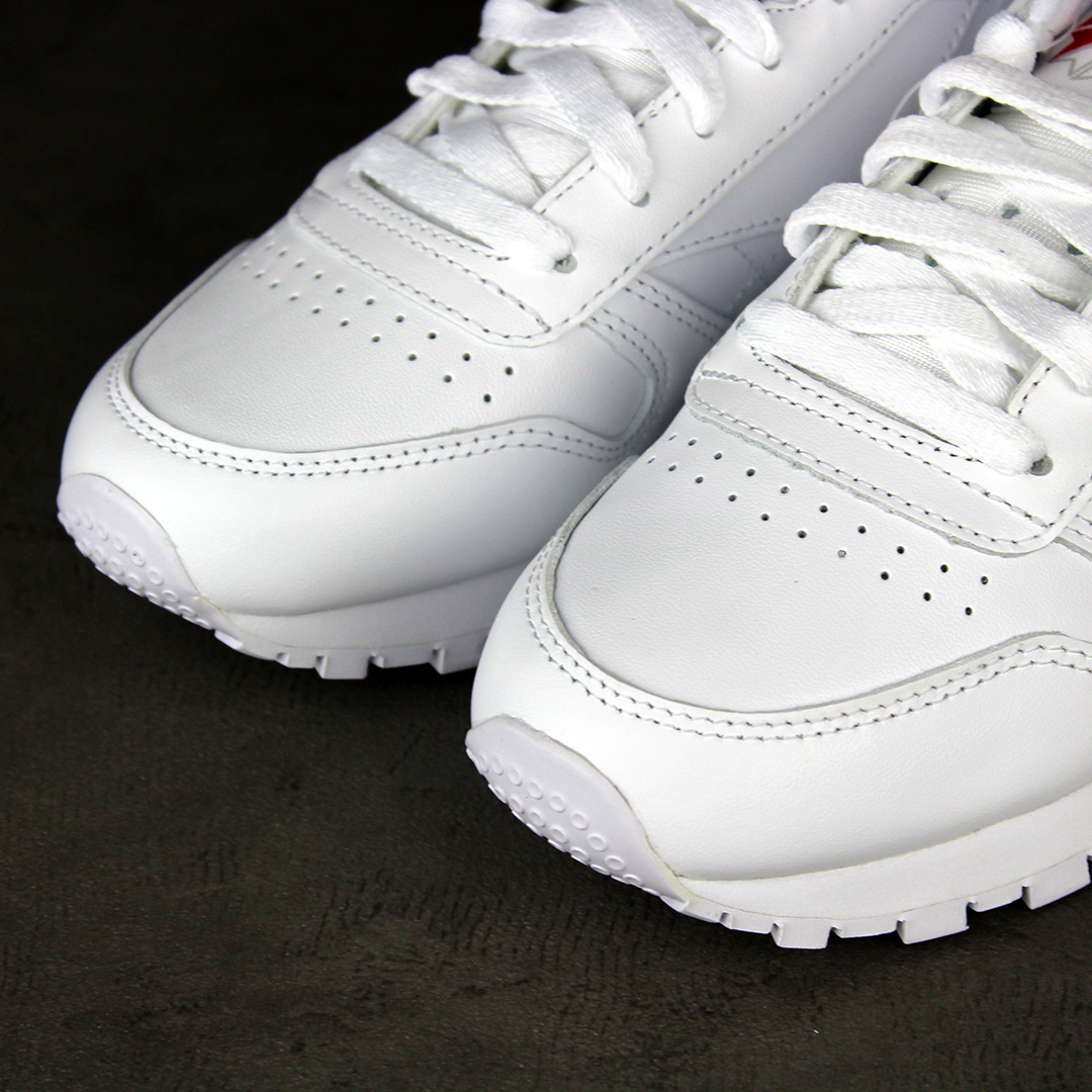 Reebok CL Leather (White) 2232