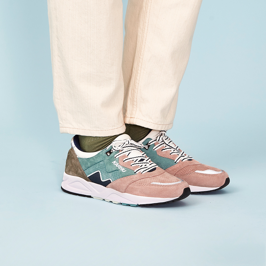 Karhu Aria 95 'Color of Mood' (Oil Blue/Misty Rose) F803067