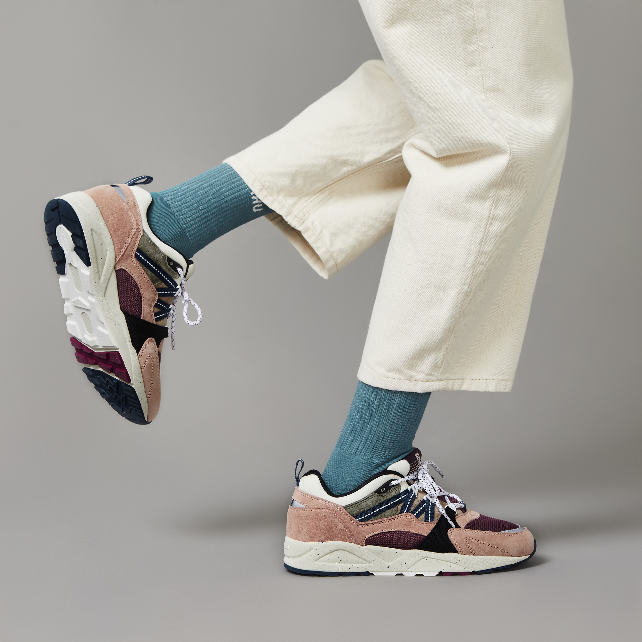 "Karhu Fusion 2.0 ""Colour Of Mood"" Pack Part 3 (Misty Rose/Reflecting Pond) F804087"