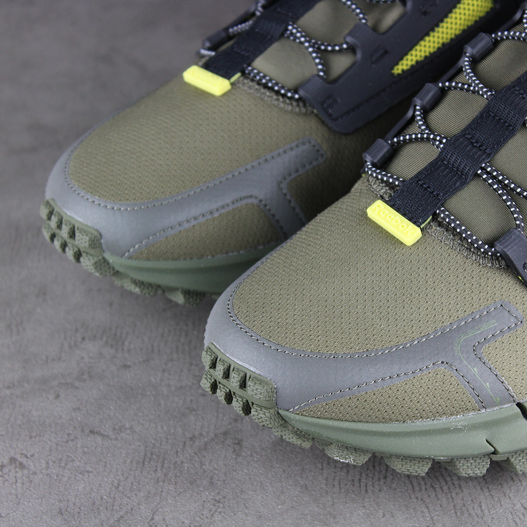 Reebok Zig Kinetic Edge (Army Green/Black/Utility Yellow) FV3836