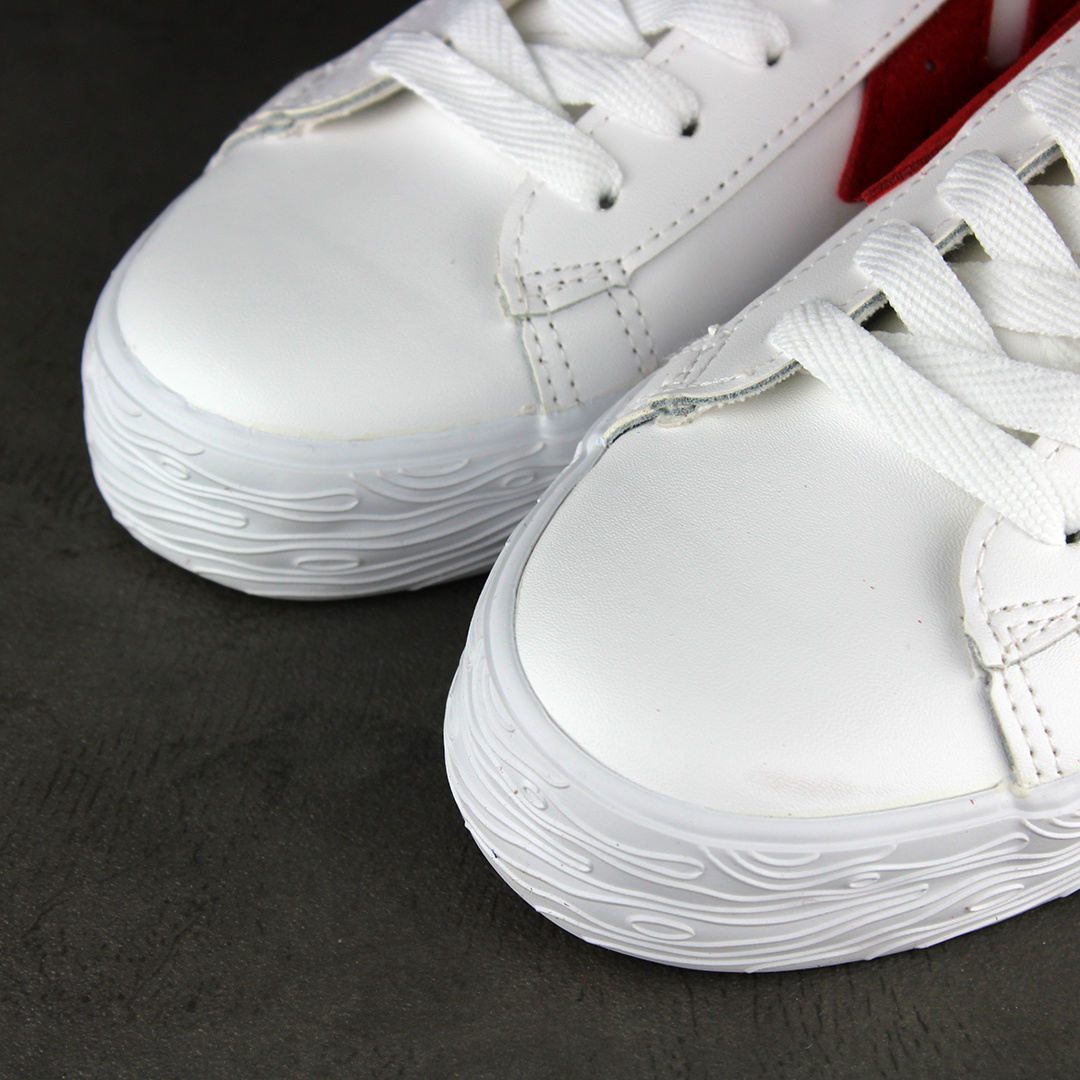 Warrior Shanghai Dime Leather (White/Red)