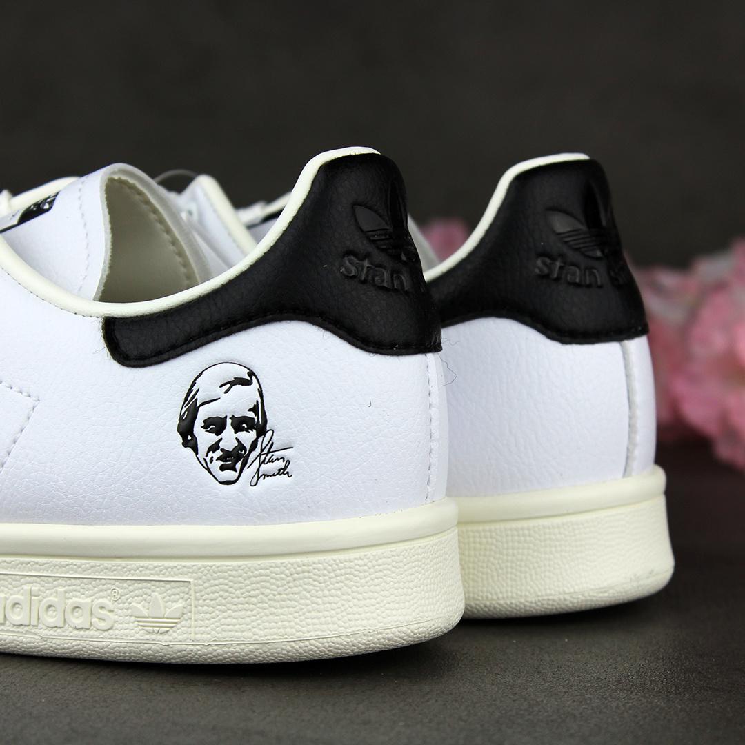 Adidas Stan Smith (Off White/White/Core Black) FX5549