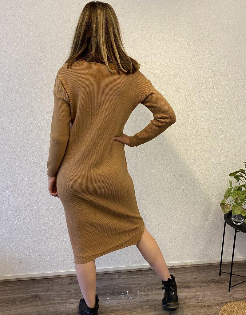 Gebreide jurk camel