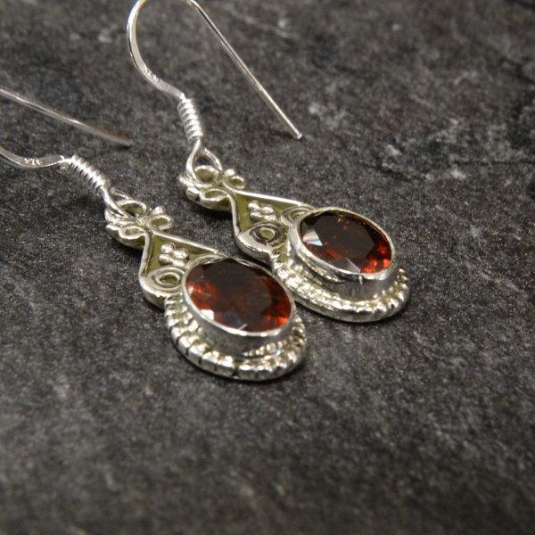 Granaat oorbellen - 925 sterling zilver