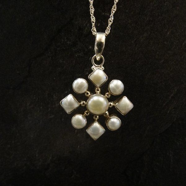 Parelmoer kettingbedel - 925 sterling zilver