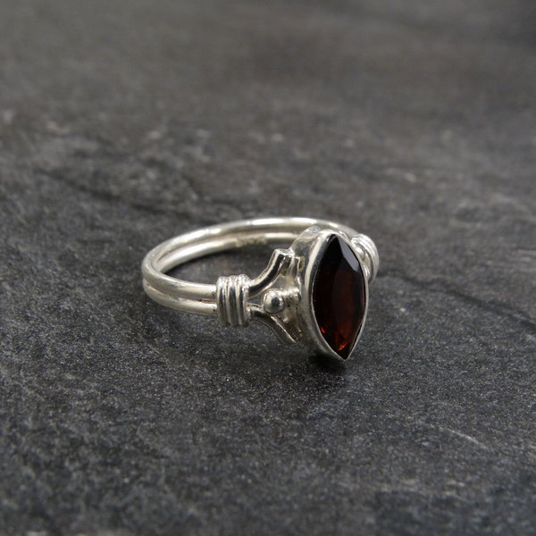 Granaat ring - 925 sterling zilver