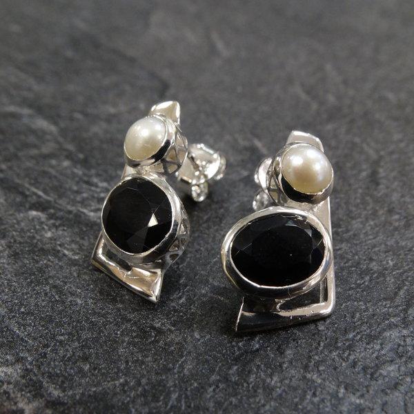 Zware Onyx & Zoetwaterparel oorstekers - 925 sterling zilver