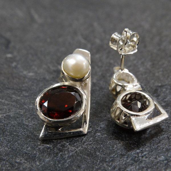 Granaat & Parel oorstekers - 925 sterling zilver