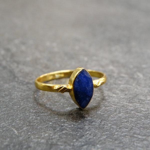 Sodaliet ring - 925 zilver verguld
