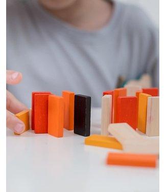 Plan Toys Domino Race van duurzaaam hout in metalen opbergdoosje