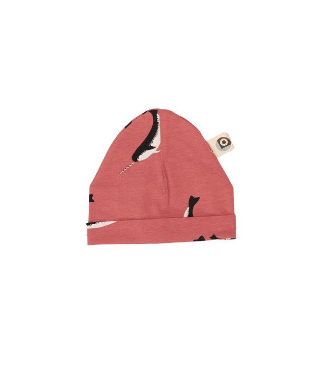 Onnolulu Babymutsje GOTS Katoen Narwhal Cherry Pink