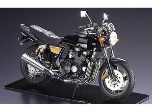 Aoshima Naked Bike: Yamaha XJR 400R
