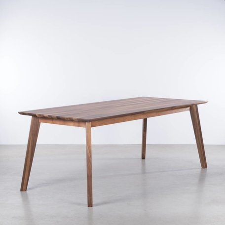 Gunni Table Walnut