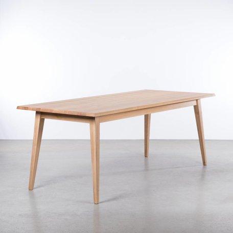Illum Table Oak