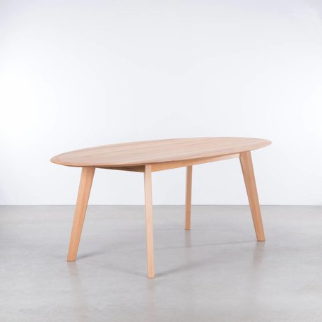 Samt Oval Table Beech