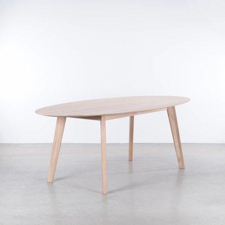 Samt Oval Table Oak Whitewash