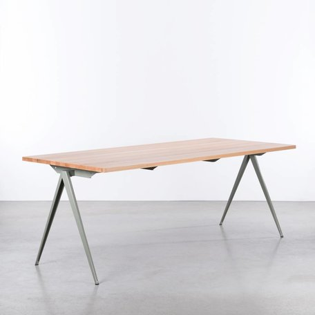 TD4 Cement Gray Table - Beech