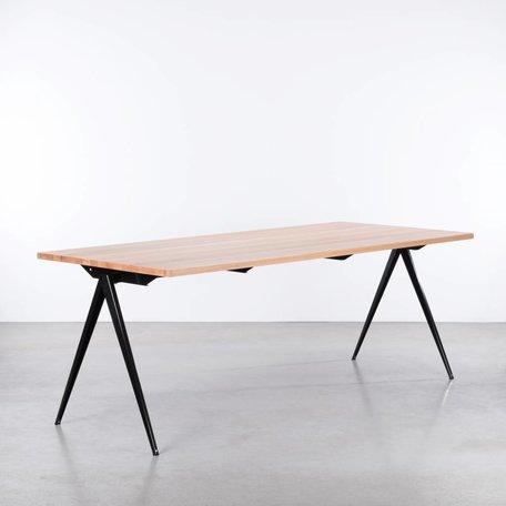 TD4 Table Black - Beech