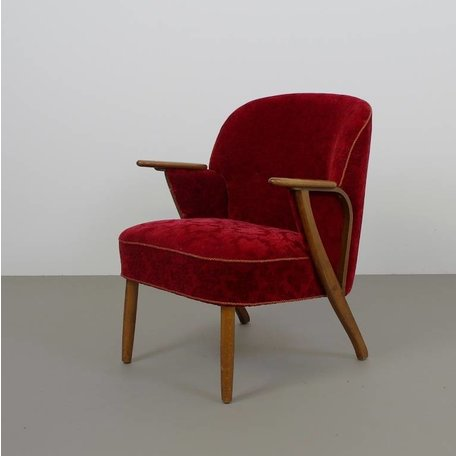 sierlijk jaren 50 fauteuiltje uit scandinavie rood