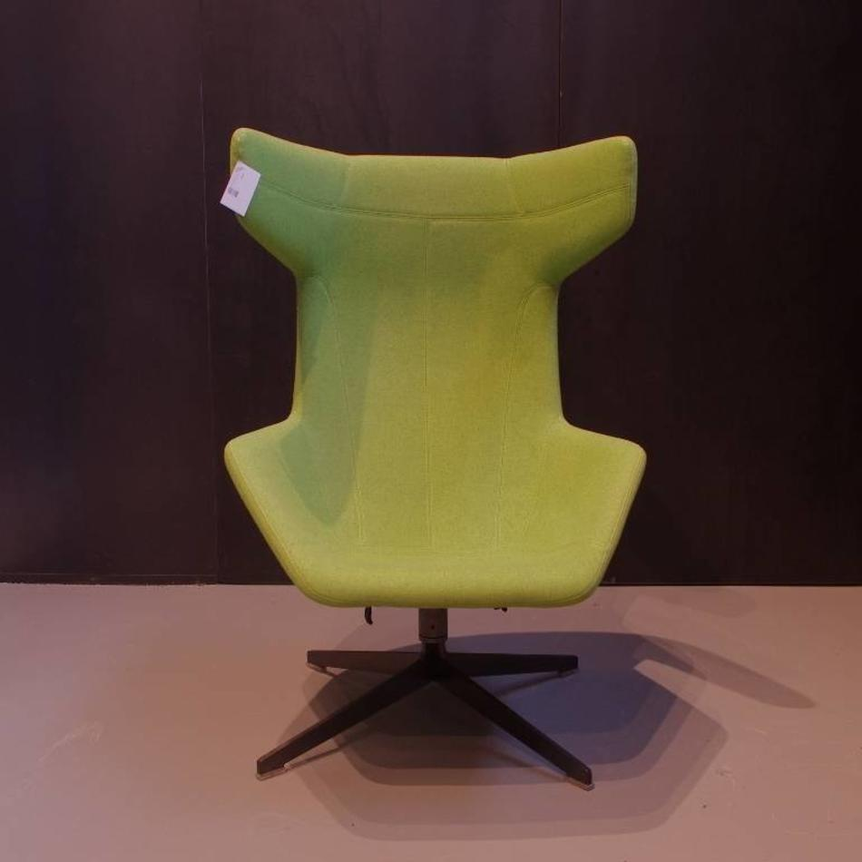 Moroso Fauteuil Take A Line For A Walk.Alfredo Haberli Take A Line For A Walk Fauteuil Met Orginele Vilt Stof Groen