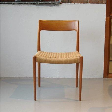 Niels O. Møller stoel #77 teak J.L. Møller (B)